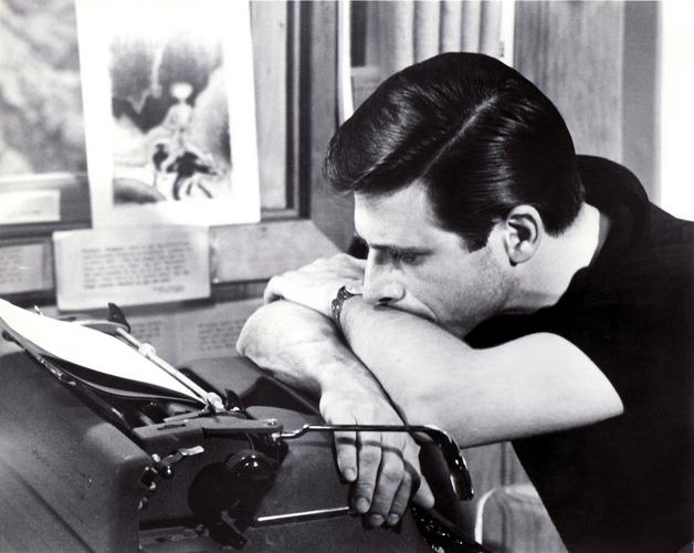 Harlan Ellison at his typewriter